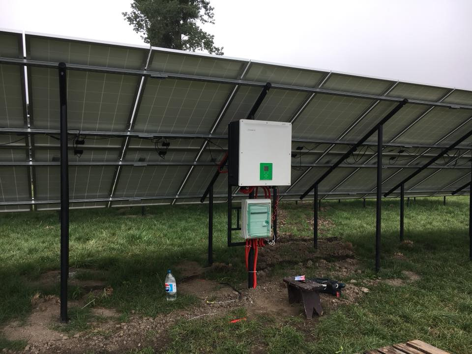 Cонячна електростанція по «зеленому тарифу». 108 панелей Amerisolar 280 W, інвертор - Schneider Electric CL25.
